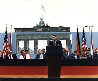 Reagan Berlin Wall 1987